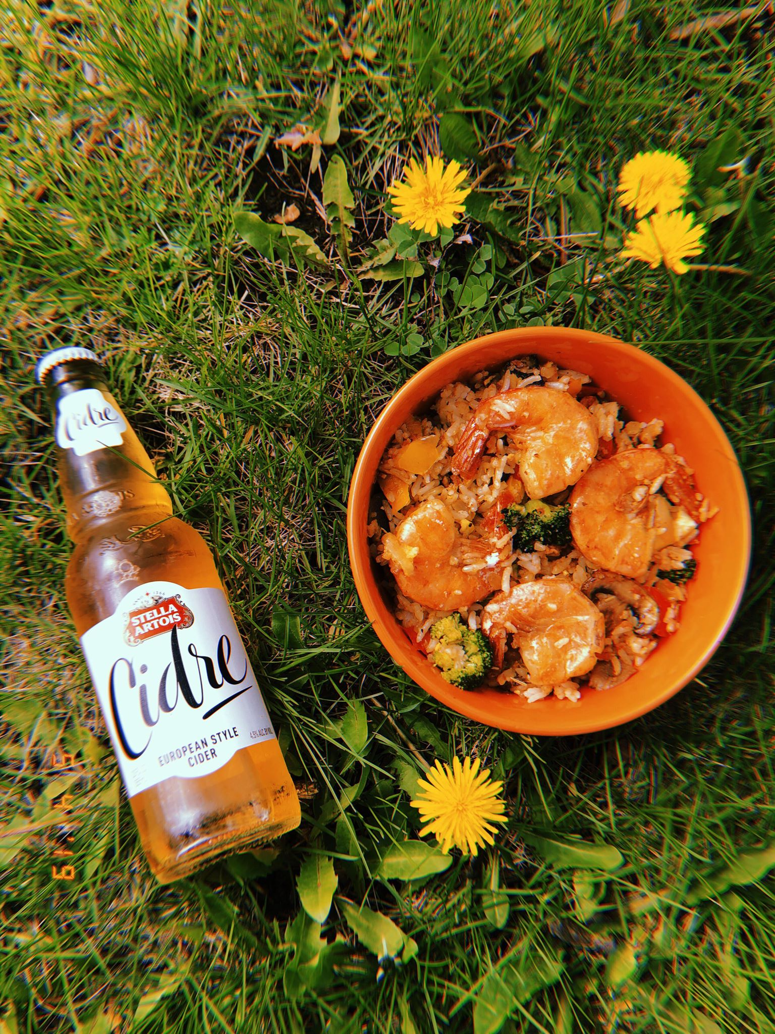 Shrimp and Corned Beef Fried Rice paired with Stella Artois (alcoholic) Cider. What a combo! 😋